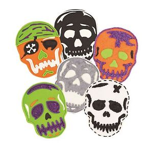 Tovolo Skull Cookie Cutter & 6 Design Stamps Set Halloween Day of the Dead