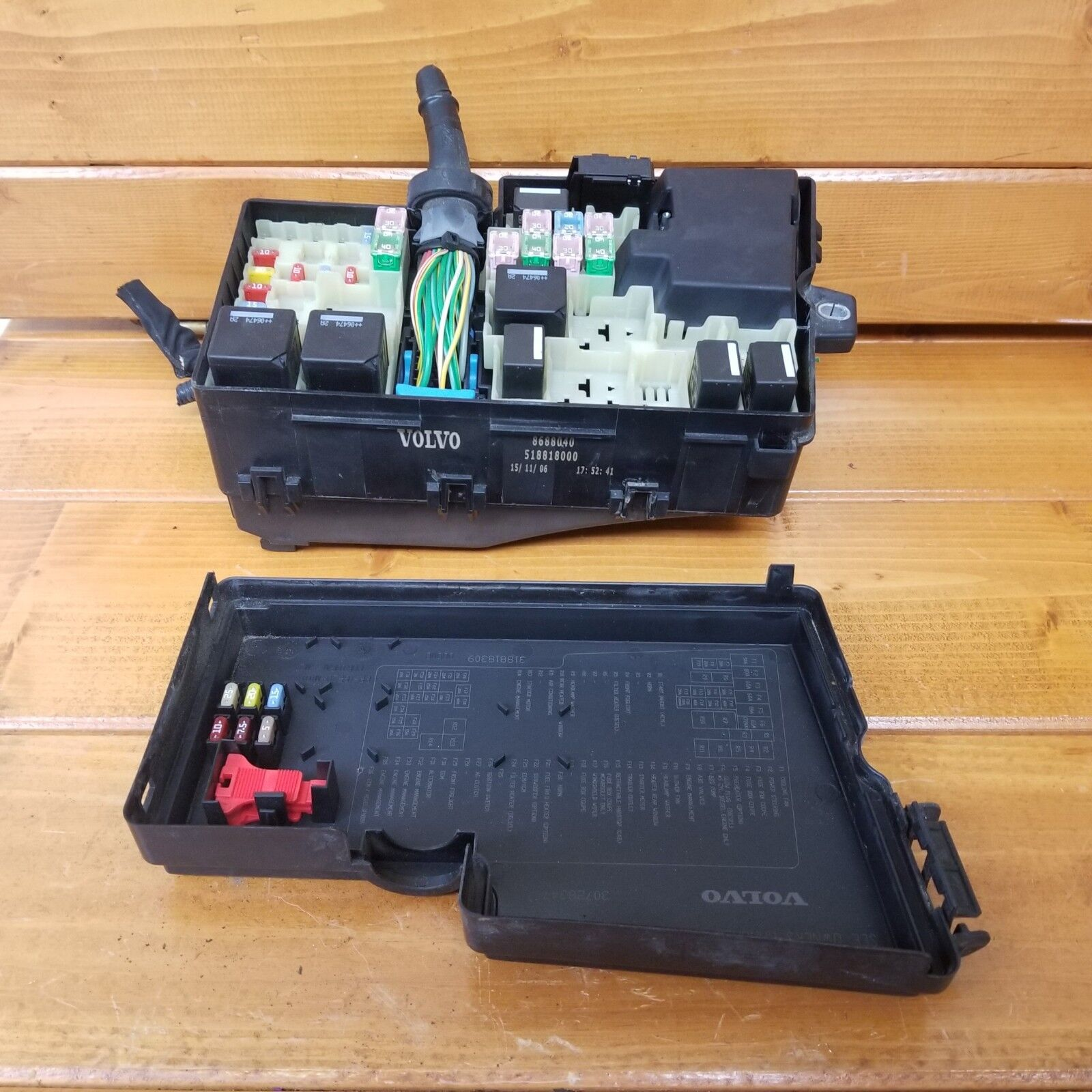 Used Volvo Switches And Controls For Sale Page 21 2003 S40 Fuse Box 2007 24l Engine Fusebox