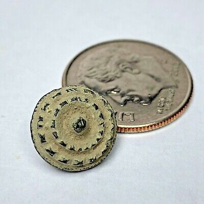 Dug Colonial America FIW Revolutionary War clothing button uncleaned #5