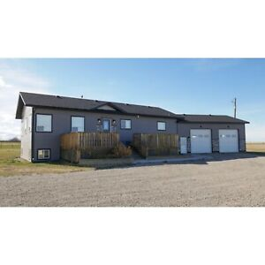 Acreage South of Fort Macleod