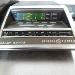 Vintage GE Model 7-4705 AM/FM Combo Alarm Clock Radio Telephone Green Display