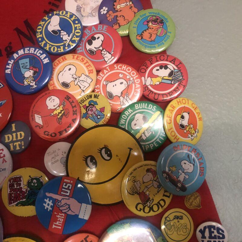 Peanuts Button Pin Lot Snoopy Garfeild Boeing PinBack to T-shirt pre 1980s vinta