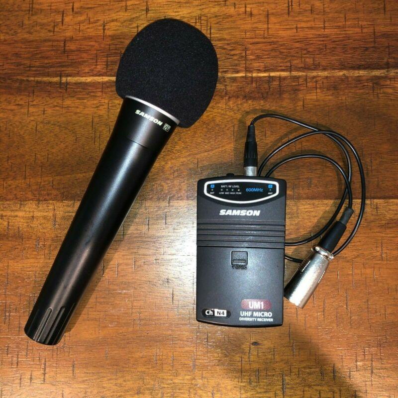 Samson UM1 UHF Wireless Handheld Mic Receiver/Transmitter Set