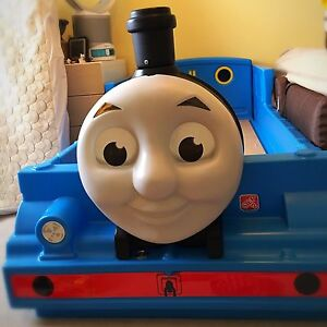 Thomas Bed ~ brand new condition!