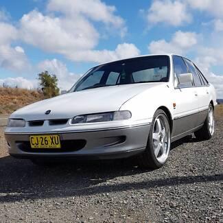 1994 Holden VR Calais Sedan 5L V8