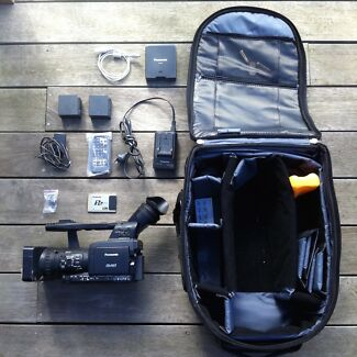 PANASONIC HPX170 HD PRO VIDEO CAMCORDER + ACCESSORIES + BAG East Melbourne Melbourne City Preview