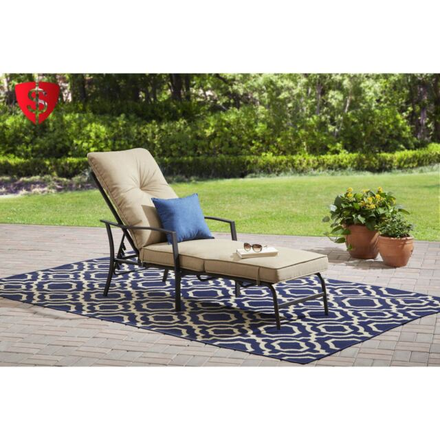outdoor chaise lounge chair furniture cushion lounger patio pool garden bench
