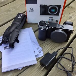 Sony a6000 Body and Excellent Condition