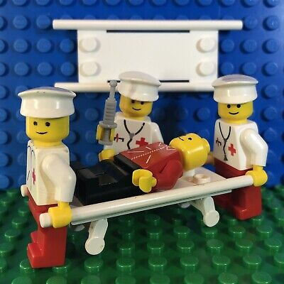 Lego Hospital Medical Minifigure Town Doctor Nurse Worker 6364 Patient Stretcher