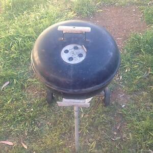 Small weber Seville Grove Armadale Area Preview