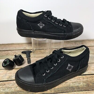 Fray Skate Shoe - Heelys Fray Skate Shoes 7508 -Black Canvas - Mens Size 8
