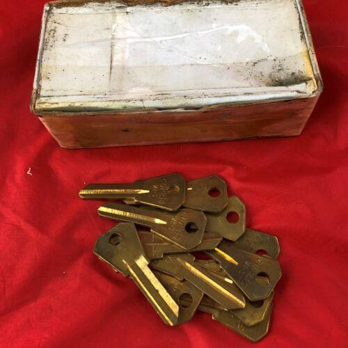New U.S. Curtis WR-3 Uncut Blank Key 13 Count T