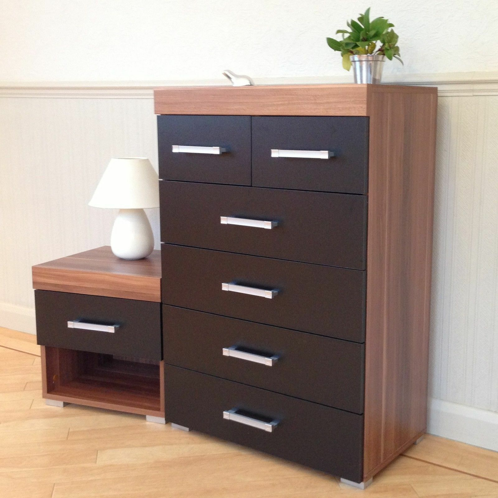 Walnut drawers bedroom