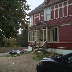Sackville:  Rooms available, Student Housing