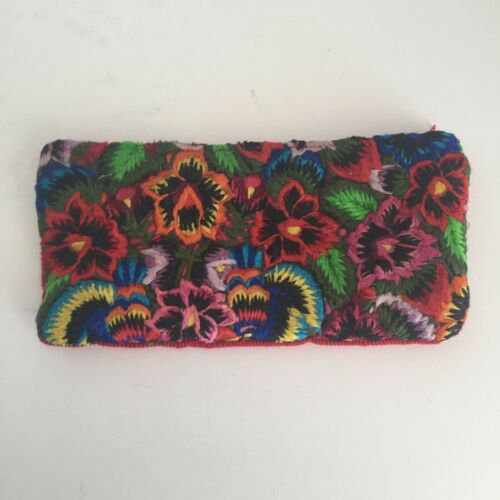De Colores Cotton Embroidered Wallet Pouch Cosmetic Bag Guatemala Zipper Red NWT