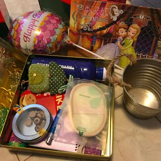 FREEBIES - gold tin, puzzles, misc items