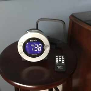 Sony Clock Radio for iPod and iPhone with remote control