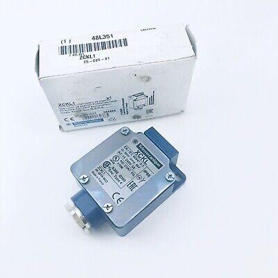 ZCKJ1547 NIB Telemecanique Limit Switch Body with Receptacle Con Loc II-36.