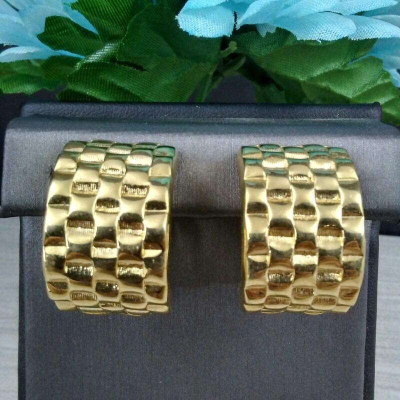 MAMAS ESTATE GIVENCHY SIGNED GOLD TONE CLIP ON EARRINGS #F10-24