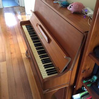 Symphony Royal Upright Piano Yarraville Maribyrnong Area Preview
