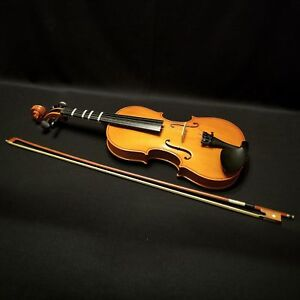 Full-size Violin with Bow