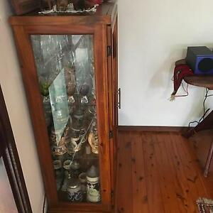 2 door Display unit / crystal cabinet Bensville Gosford Area Preview