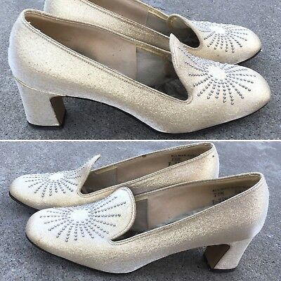 Vintage FASCINATORS First In Fashion Gold Color Shoes Silver Studs 50s 60s 7 M