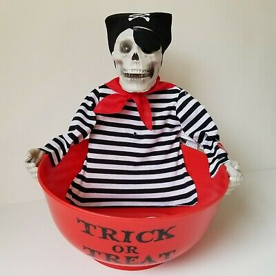 Animated Halloween Skeleton Candy Bowl Talking See Video! Pirate New Battery Op