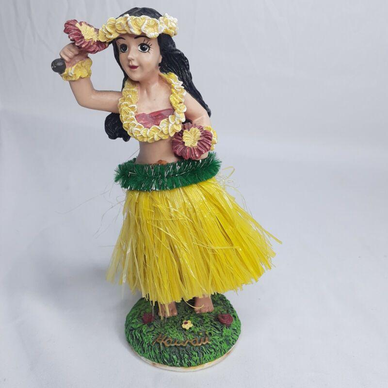 "Vintage Bobblehead Hawaiian Hula Girl Yellow Grass Skirt Green Red 6.5"""