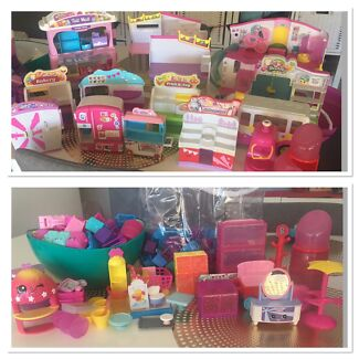 Shopkins Playsets X 15 + Bus + accesories + baskets + bags