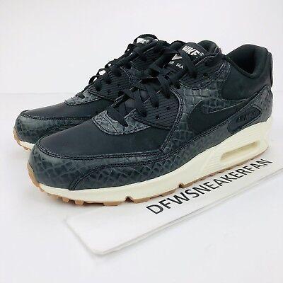 Nike Air Max 90 Premium Women's Size 10 Run Shoes Black Sail Gum 443817 010