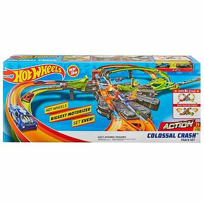 Hot Wheels Colossal Crash Track Set Motorized Auto New