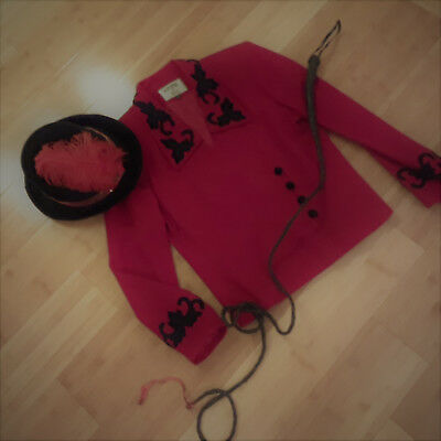 Ringmaster circus costume womens 12 red jacket top hat Halloween](Ringmaster Jacket Women)