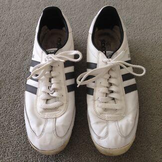 Men's Adidas Jogging Shoes Sneakers US 11 / UK 10.5 Camberwell Boroondara Area Preview