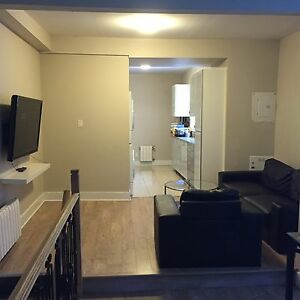 MAY 1!Amazing 5 Bedroom Unit !All Inclusive. CLOSE TO U OF O!