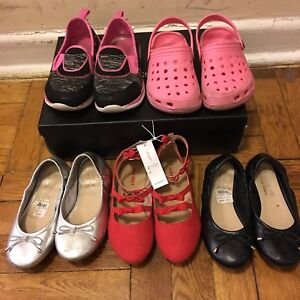 GIRLS SHOES (SIZE 11)