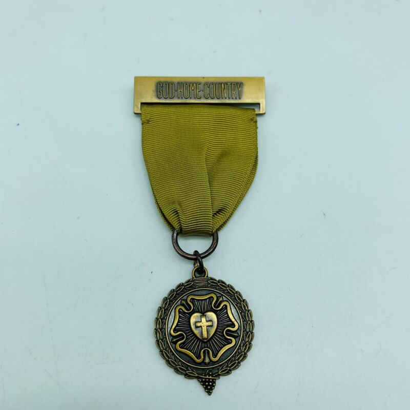 """Vintage Girl Scouts Lutheran Faith Medal w/Luther's Rose """"God Home Country"""""""