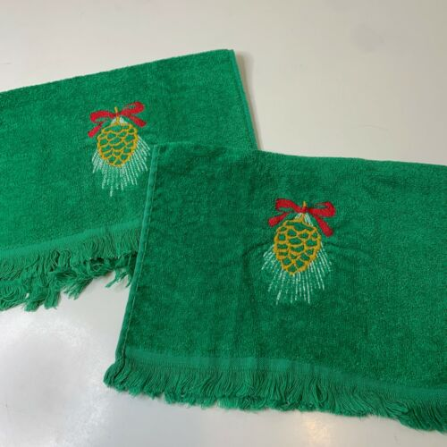 vintage hand towels pair green pine cones red bow holiday Christmas fringe