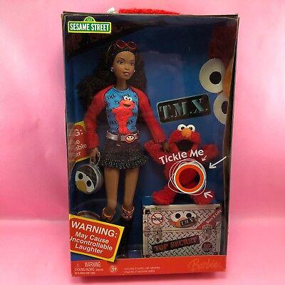 Barbie 2006 LOVES TMX ELMO NIB African American AA Afro Doll Toy Gift Set NIB15