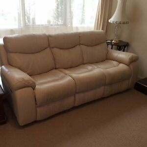 Nick Scali 3-seater Recliner, Genuine Leather Lounge (Ashwood) Ashwood Monash Area Preview