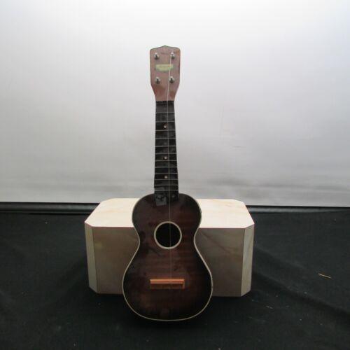 Vintage Harmony Ukulele LR