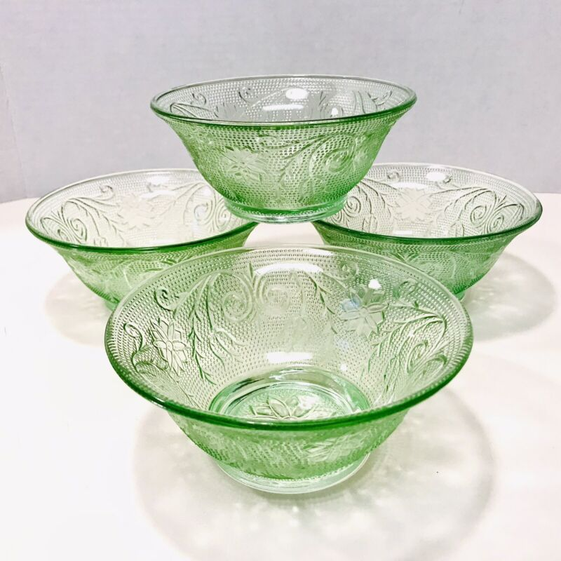 Tiara Exclusives Indiana Glass Vintage Chantilly Green Sandwich Set Of 4 Bowls
