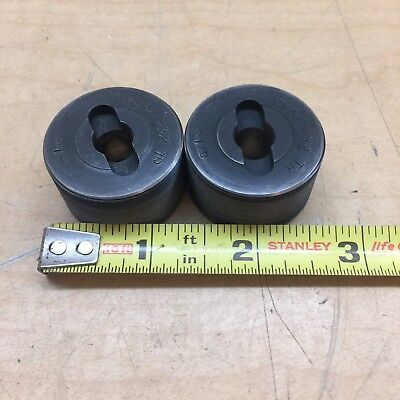 Lot Of 2 Thread Rolling Dies 1532-32 Tr