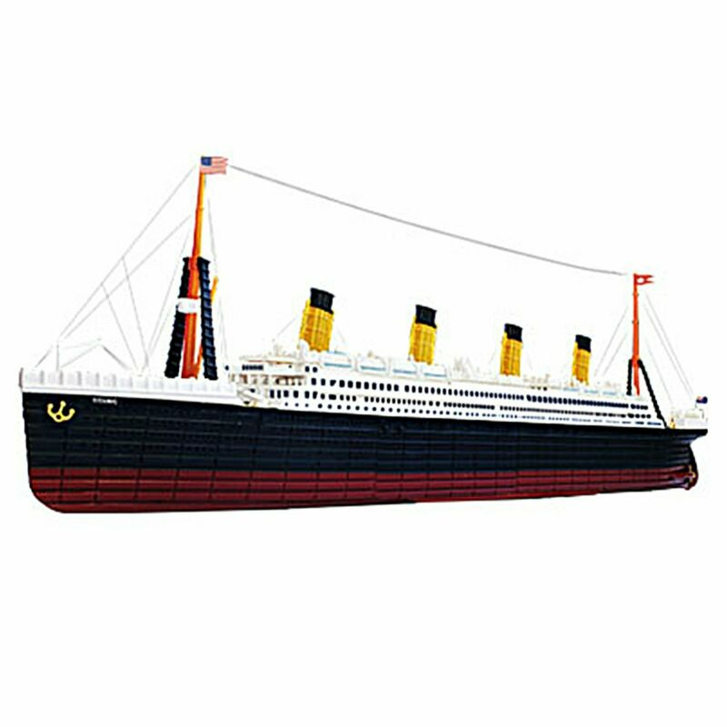 4D Model 26361 RMS Titanic Ocean Liner 1:1200 Scale Display Model