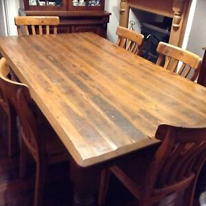 Dining table and 6 chairs Beaconsfield Fremantle Area Preview