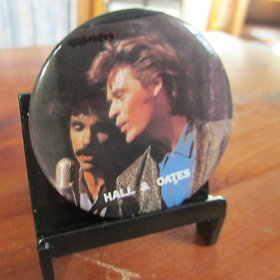 """HALL & OATES Vintage 2"""" Pinback Button; c1984; EX/NM Cond"""