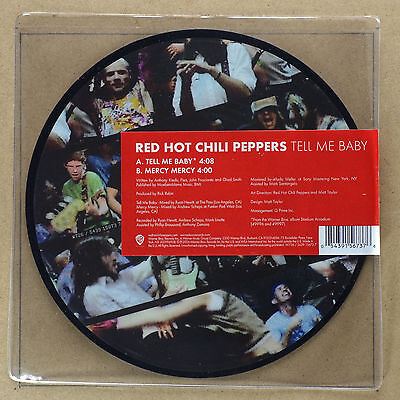RED HOT CHILI PEPPERS - Tell me Baby ***7