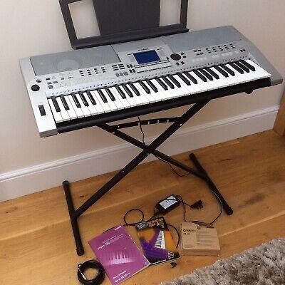 Yamaha PSR-S550 Keyboard - Silver