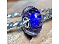 Authentic Trollbeads World Tour Glass Bead Called Hong Kong Skyline HK61111