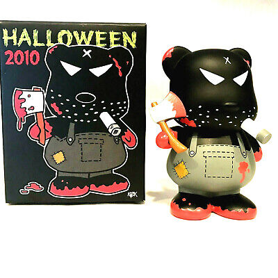 Halloween Bloody Axe (FRANK KOZIK 2010 Halloween MONSTER MASSIVE rare Bloody Bear with Axe)